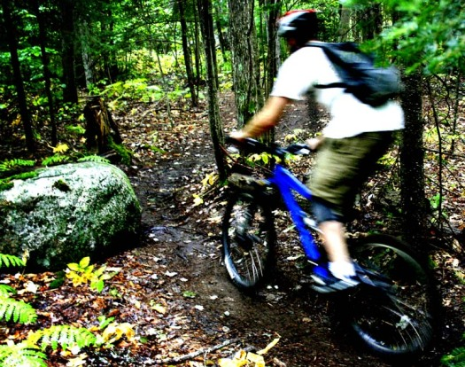 maine mountain biking cycling bicycle trail corner blur speed dirt rock adventure
