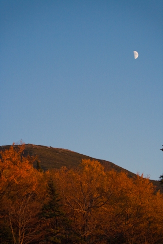 moon blue sky sunset mountains fall autumn leaves color yellow orange red foliage travel