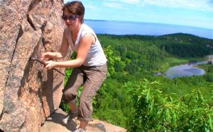 beehive cliff trail hike climb grip travel acadia national park